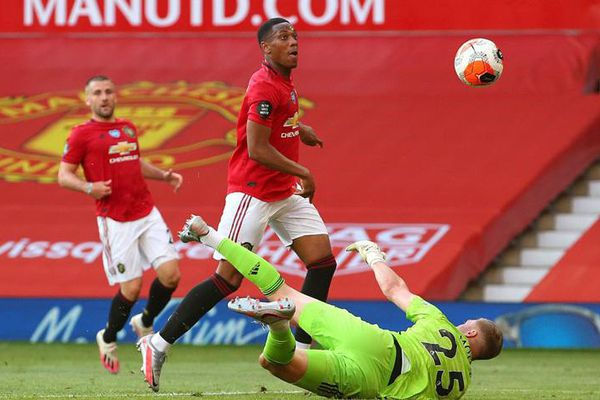 Trực tiếp MU vs Sheffield Utd: Khó cản nổi Quỷ đỏ