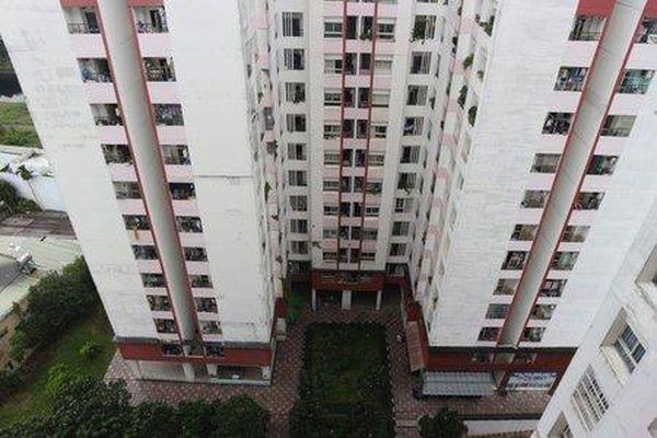 TP.HCM: Nam sinh cấp 3 nghi rơi từ tầng cao chung cư xuống đất