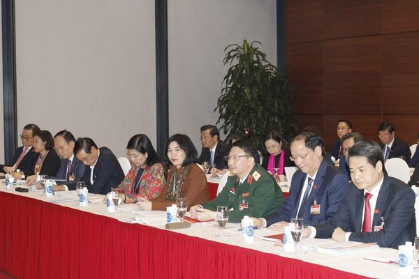 Hình ảnh đại biểu thảo luận các văn kiện Đại hội XIII của Đảng