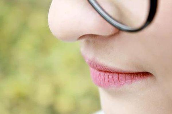 Bỗng thấy miệng xuất hiện 3 điều 'lạ' nghĩa là ung thư đã hình thành, bạn nên đi khám khẩn cấp