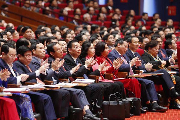 Không khí thảo luận các văn kiện Đại hội XIII sôi nổi, thẳng thắn, dân chủ
