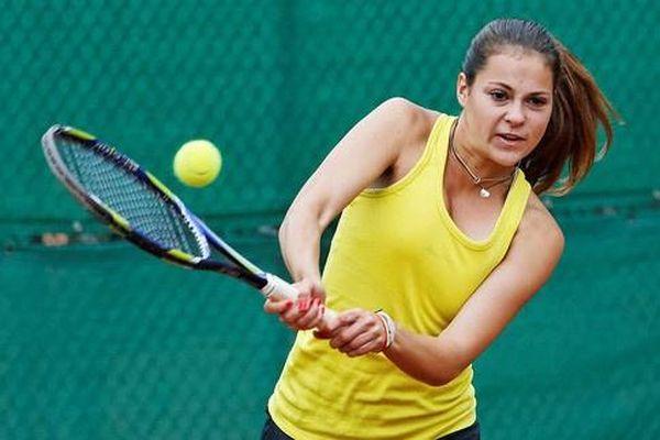 Hai tay vợt Nga bị cấm thi đấu trọn đời