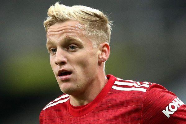 Odegaard thiếu khí chất như Van de Beek ở Man Utd