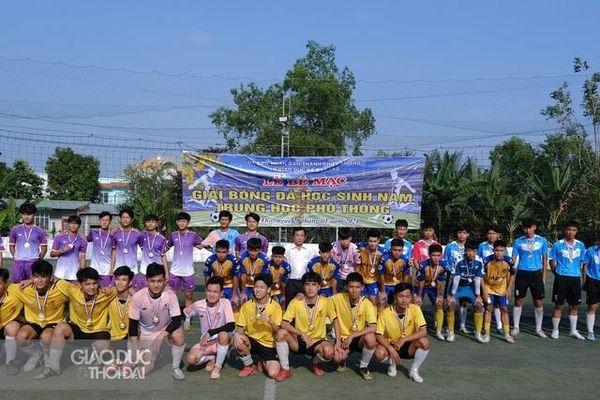 Cần Thơ: Bế mạc giải bóng đá học sinh nam THPT năm 2021