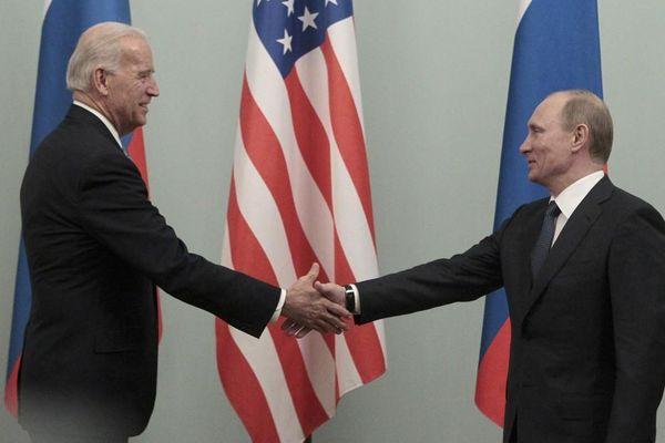 Ông Biden sẽ 'rắn' với Nga hơn người tiền nhiệm?