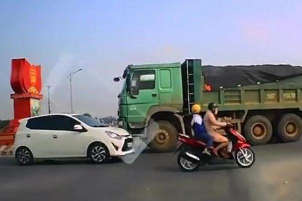 Hung thần xe tải đã vi phạm giao thông còn 'dọa' tông ô tô con