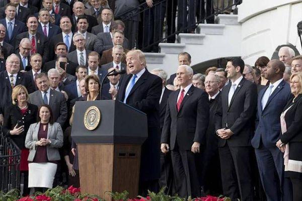 Hơn 30.000 người Mỹ đã bỏ Đảng Cộng hòa sau sự kiện gây chấn động thế giới