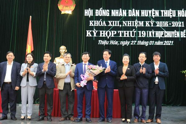 Thanh Hóa: Ông Nguyễn Thế Anh giữ chức Chủ tịch UBND huyện Thiệu Hóa