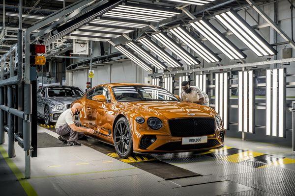 Bentley vừa kỉ niệm chiếc xe Continental GT thứ 80.000 sau gần 18 năm kể từ khi ra mắt