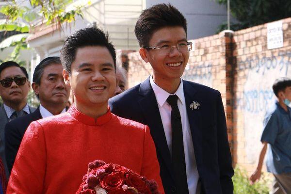 Rich kid Phan Hoàng xuất hiện lẻ loi trong ngày cưới anh trai