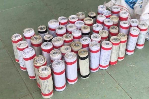 Thiếu niên 15 tuổi bị nổ nát bàn tay nghi do sản xuất pháo