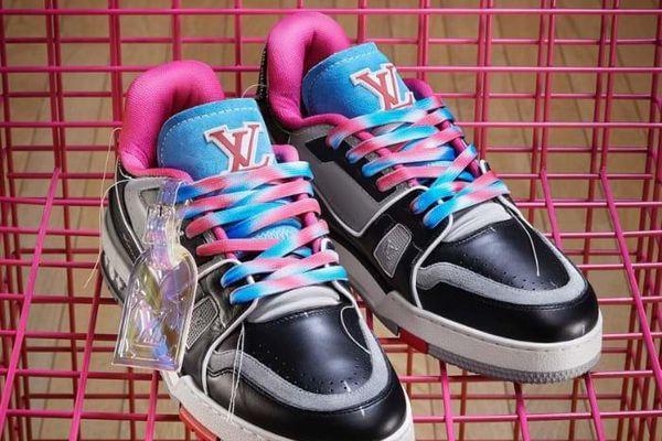 Louis Vuitton ra mắt Bộ sưu tập giày nam LV Trainer Upcycling