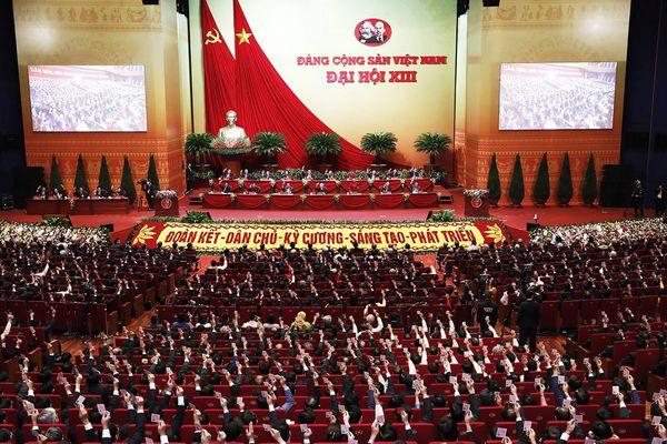 Cán bộ, đảng viên, nhân dân Quảng Ninh phấn khởi trước thành công Đại hội XIII của Đảng