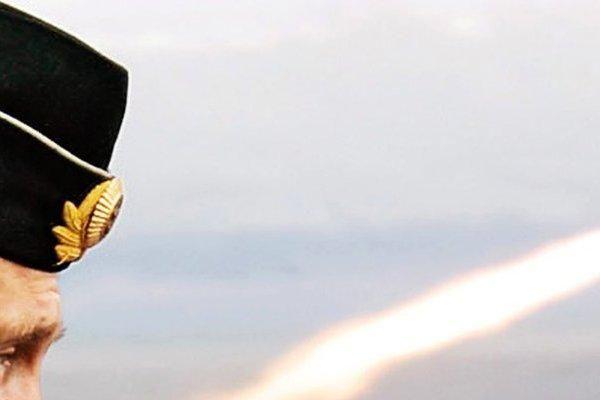 'Vua trên biển' của Mỹ 'hết thời': Nga '1 chọi 1' đã đủ thắng