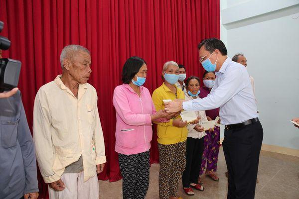 BSR trao quà Tết xuân Tân Sửu 2021 cho nhân dân tỉnh Quảng Ngãi