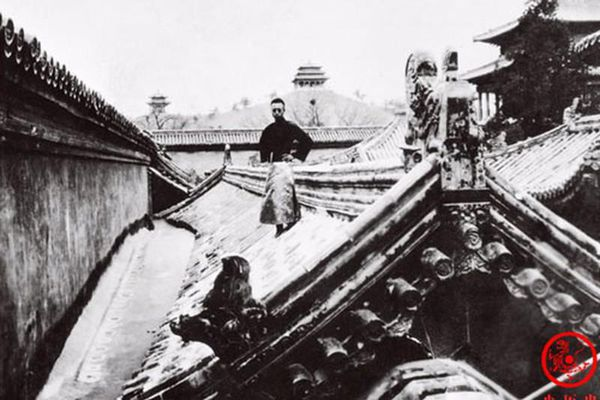 Loạt ảnh hiếm về 3 thế hệ gia đình Hoàng đế nhà Thanh cuối cùng