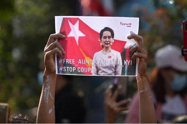 Mỹ có thể làm gì sau đảo chính ở Myanmar?