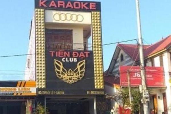 Án mạng trong quán karaoke