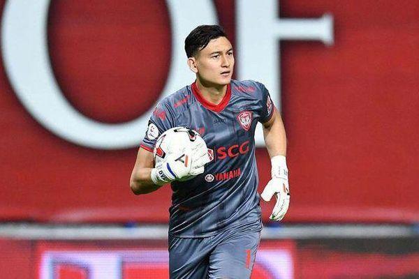 Văn Lâm vắng mặt trong top 6 thủ môn hay nhất Thai League