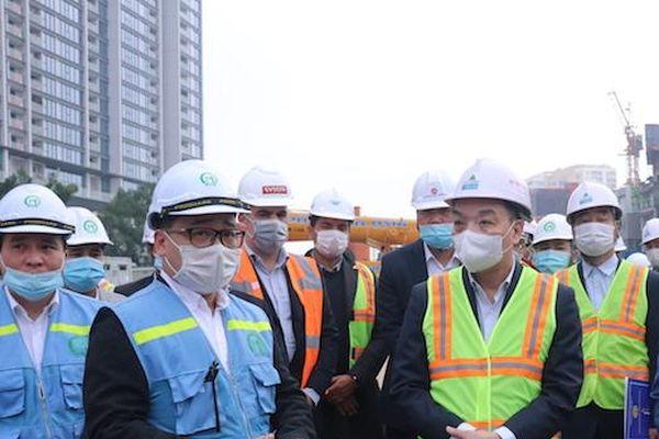 Chủ tịch UBND TP Hà Nội Chu Ngọc Anh thị sát công trường đường sắt Nhổn - Ga Hà Nội