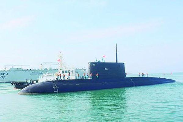 Lính tàu ngầm đón Tết