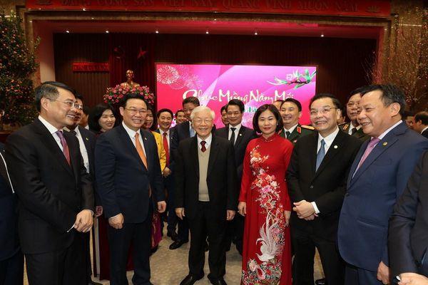 Tổng Bí thư, Chủ tịch nước chúc Tết Đảng bộ, quân và dân Thủ đô Hà Nội