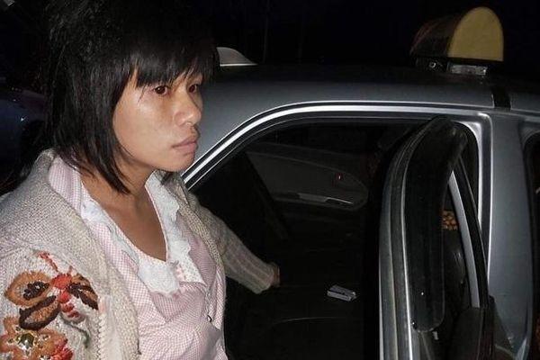 Hà Nội: Thuê xe taxi đi giao ma túy, nữ quái bị tóm lúc rạng sáng