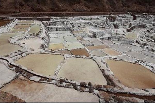 Mơ màng với ba nghìn ao muối xinh đẹp ở Peru