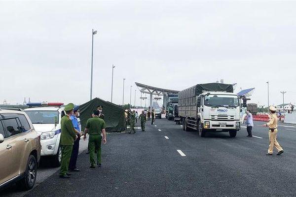 Quảng Ninh: Khuyến cáo công dân của tỉnh đang ở Hải Dương không di chuyển về