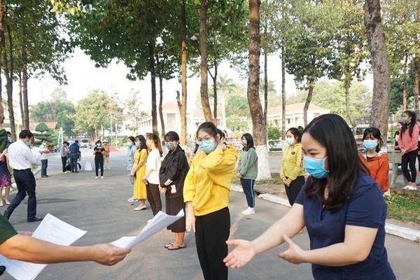 Bình Dương: 277 sinh viên, giảng viên kết thúc thời gian cách ly được về đón Tết