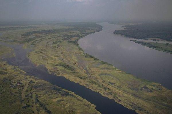 Sà lan gặp nạn trên sông Congo, 60 người thiệt mạng
