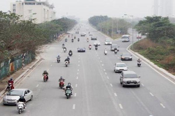 Cuối kỳ nghỉ Tết, người dân đổ về Thủ đô song giao thông vẫn 'hạ nhiệt'