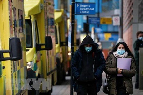 Thế giới và hướng đi chung sống an toàn với đại dịch COVID-19