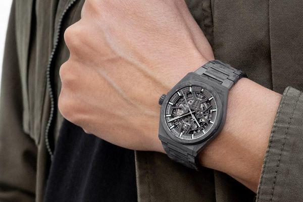 3 mẫu đồng hồ nổi tiếng với kiểu dáng khác lạ