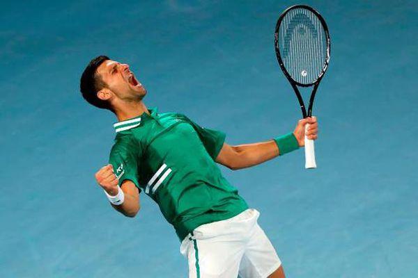 Djokovic thể hiện bản lĩnh lớn để giành chiến thắng