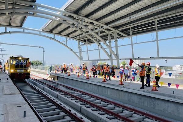 Vì sao Metro số 1 Bến Thành - Suối Tiên phải lùi tới năm 2022 mới khai thác thương mại?