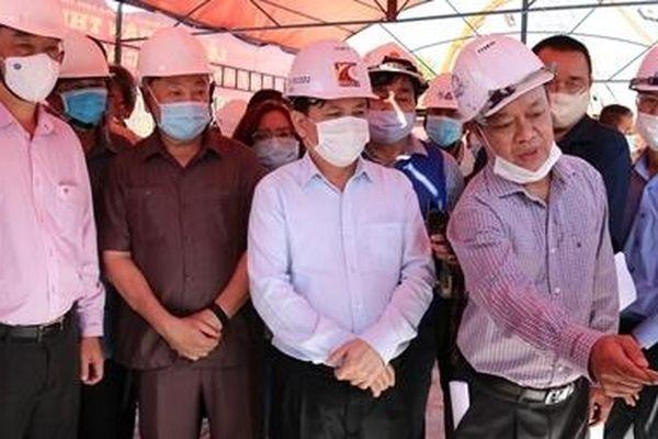 Đảm bảo tiến độ cao tốc Mỹ Thuận - Cần Thơ và cầu Mỹ Thuận 2