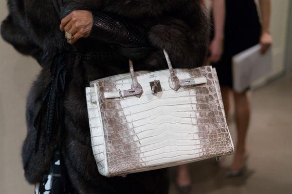 Doanh số bán hàng của Hermès tăng ở châu Á