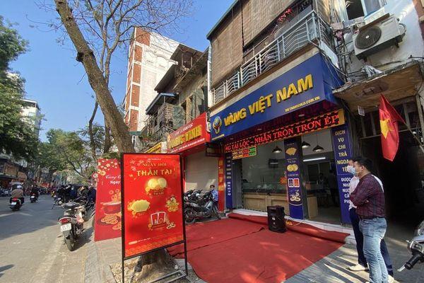 Nhiều nơi không còn cảnh xếp hàng, tiệm vàng đóng cửa ngày vía Thần tài