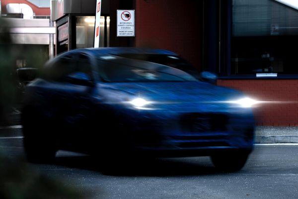 Maserati vén màn mẫu xe SUV hoàn toàn mới