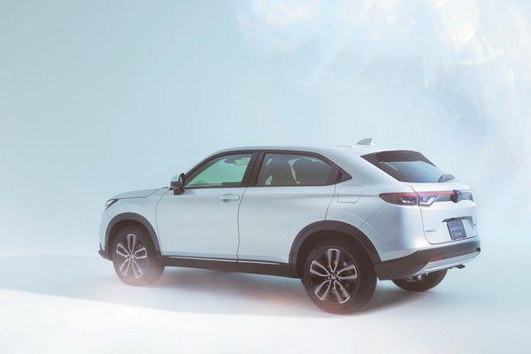 Honda HR-V 2022: Thay đổi từ trong ra ngoài