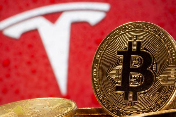 Mới bỏ 1,5 tỷ USD mua Bitcoin tháng trước, Tesla đã lãi cả tỷ đô la