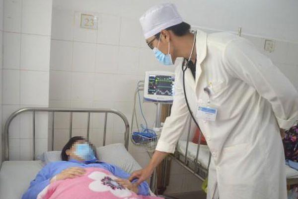 Phẫu thuật cứu 2 sản phụ bệnh tim nặng