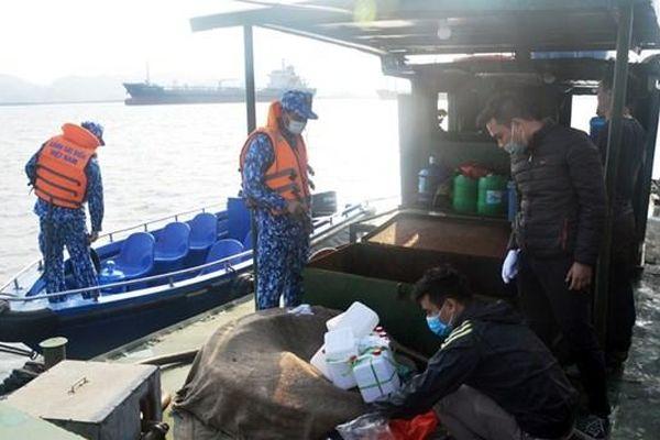 Hải Phòng: Bắt giữ tàu chở hơn 20 nghìn lít dầu DO không rõ nguồn gốc