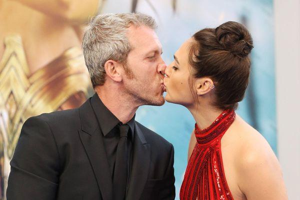 Hôn nhân 13 năm hạnh phúc của 'Wonder Woman' Gal Gadot