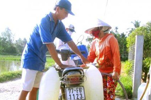 Đến bao giờ người dân xã Cát Thành mới có nước sạch?