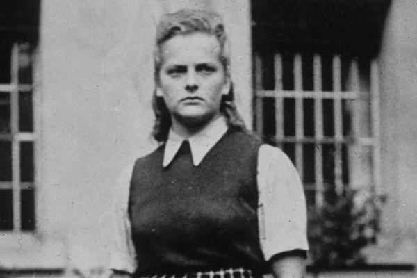 Khiếp sợ 'nữ đồ tể' Đức quốc xã thích tra tấn phụ nữ