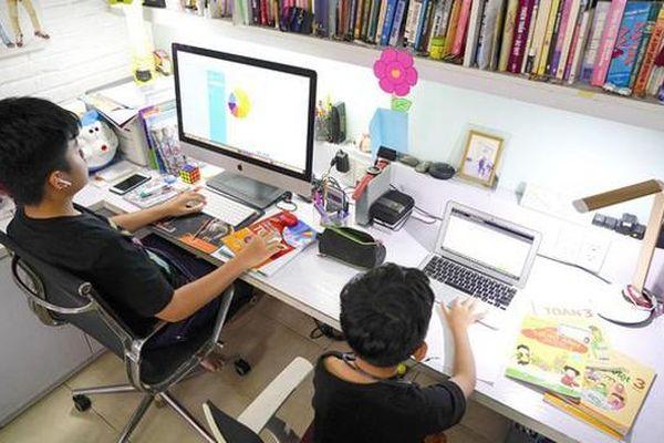 'Giải khó' dạy học qua internet