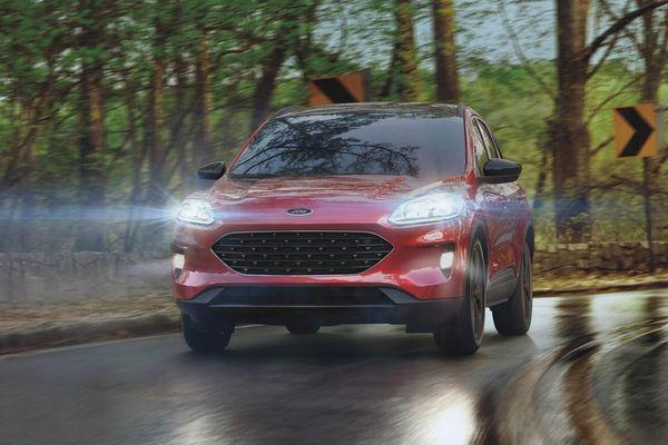 Ford Escape 2021 ra mắt với lựa chọn động cơ hybrid mới