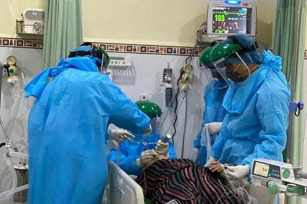 Tin vui sáng 25/2: 14 BN Covid-19 khỏi bệnh, hơn 80% ca bệnh tự hồi phục sau 1 tuần
